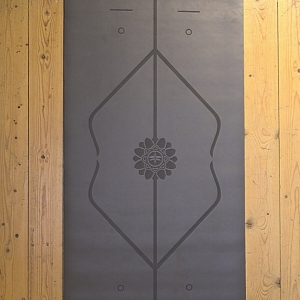 מזרן יוגה גומי טבעי דגם Grey